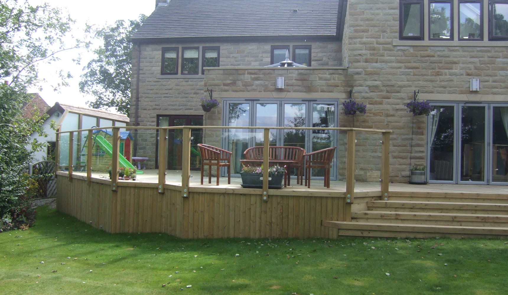 Decking Installation Guarantee | Deckbuilders 3